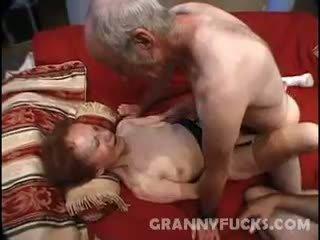 Raw ग्रॅनड्मा थ्रीसम