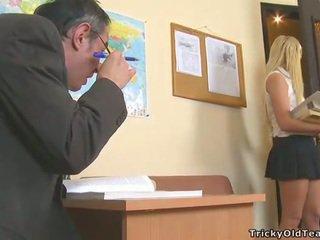 Delightful anál sex s učiteľka
