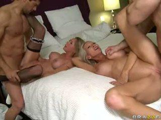Brynn Tyler And Emma Starr Partners Cum On Their Face