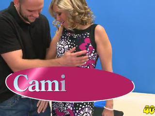 Cami gives comme bon comme elle gets