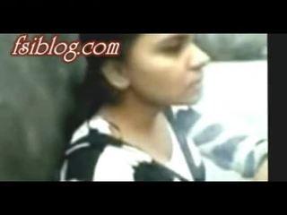 Bangladeshi du hostel jenter