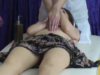 Spycam reluctant sieva seduced līdz masseur 2