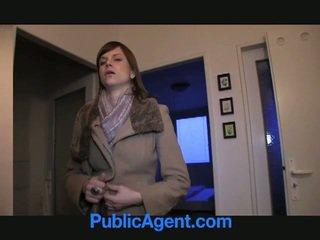 Jemagat öňünde agent fucks göwreli marketa