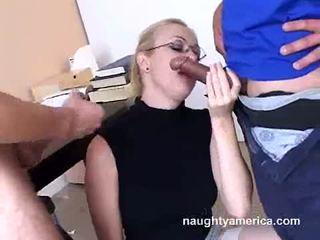 Adrianna nicole blows 2 keras meat weenies alternately
