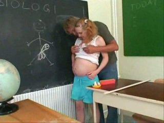 W ciąży nastolatka pieprzyć