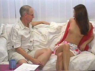 肛交 同 青少年 claudia rossi