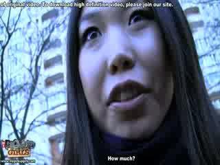 Eksoottiset aasialaiset nukke sisään todellisuus porno