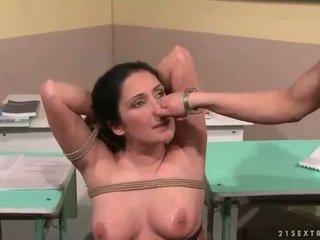 老師 punishing 她的 性感 學生