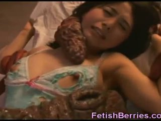 Tentacles cum on asia beauty!