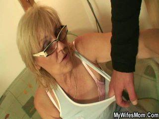 abuelita, sexo en el pecho, cocina