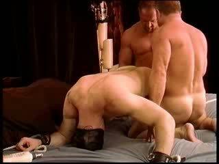 Cbt erste zeit ist ein heiß muskulös dude mit groß dong ist setzen durch ein tough testiclepunishment rou