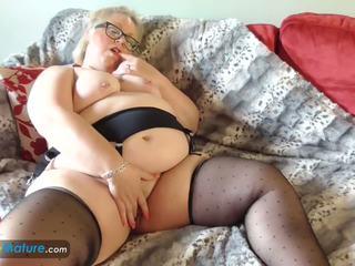 Europemature stor vakker kvinne lexie solo: gratis porno 22