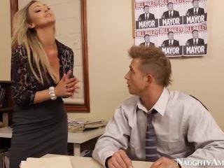 कट्टर सेक्स, वीडियो, blowjob