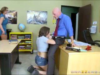 Tini és mostohaanya worships iskola teachers nagy fasz