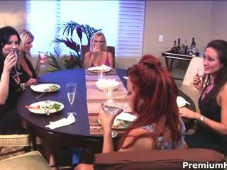 Milf lesbian getting pleased video