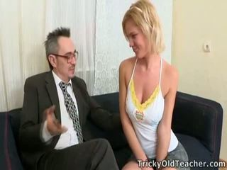Coed fucks professor vì passing cấp