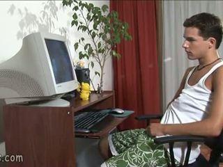 B-y pagtitig bakla video at stroking off