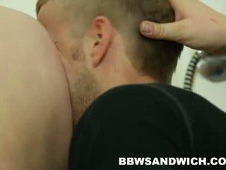 Curvy BBW beauties Jitka & Viktorie in femdom threesome action