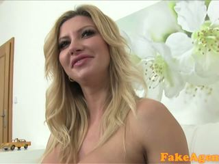 FakeAgent Horny mature babe in casting