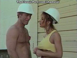 क्लॅसिक पॉर्न चलचित्र साथ एक handsome bilder