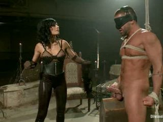 Divine mumifikace sex1