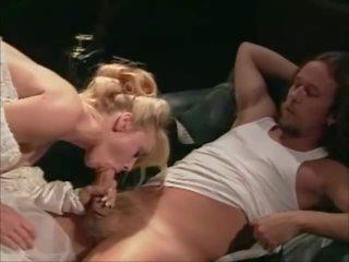 Quatro weddings e um honeymoon 1995 - sc 5: grátis porno c7