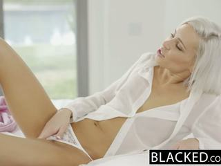 Blacked preppy בלונדינית חברה kacey jordan cheats עם bbc