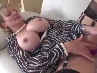 British MILF Shows off Her New Toy, Free Porn e6