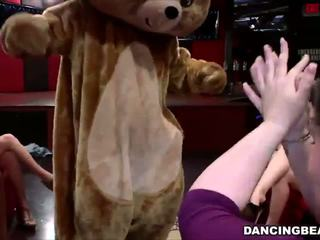 Dancing Bear in the Club, Free In the Club HD Porn c8