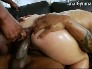 Isabella clark 肛交 double penetration 肤色 行动