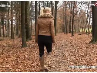Deutsche Busty Blond Amateure beim Analsex