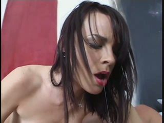 Dark haired babe in sexy leopard lingerie gets fucked anal