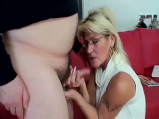 Busty mature sucking old penis like a pro whore