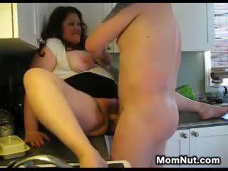 Didelis moteris creampied į the virtuvė