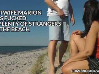Slutwife marion a pelo gangbang en la playa en verano 2016 <span class=duration>- 6 min</span>