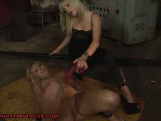 BDSM queens