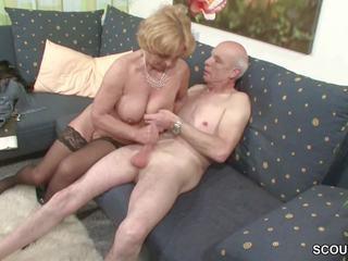 Oma und opa ficken das erste mal im porno fuer mourir rente