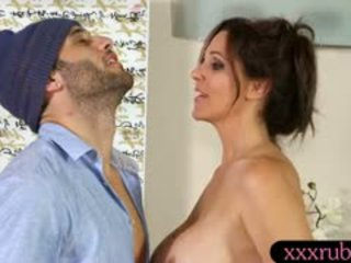 Big Boobs Mature Masseuse Julia Ann Fucked By Horny Client