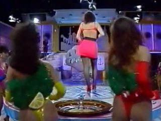 Olasz tv előadás - tutti frutti - kandidatin sabine
