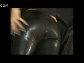 Sexy jente i stram skinn pants