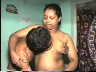 Desi Aunty Fuck: Free Indian Porn Video 7b