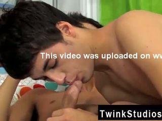 Giovane gay video brendan e lucas are fuori in