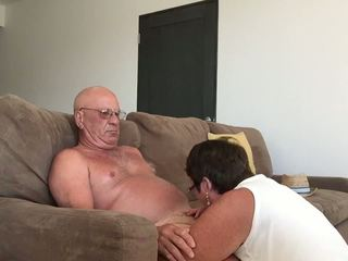 Wife Giving Blow Hand Job in Cabo, Free Porn 5b