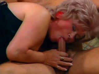 Oma Pervers 1: Free Lesbian Porn Video