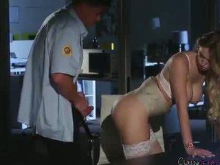 Biztonság guard fucks accountant natalia starr -ban a iroda
