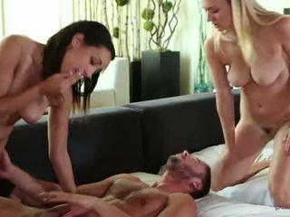 baru kelompok tiga orang seksi, natalia, starr segar