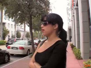 volný bruneta, sledovat orální sex zkontrolovat, zábava vaginální sex