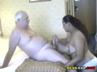 Thick 印度人 妓女 同 an 老 guy