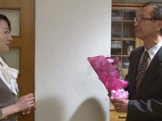 Goddess na bozkávanie a sex 2 niiyama maple