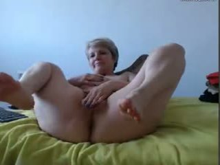 Mamie T'es Bonne: Free Granny Porn Video 69
